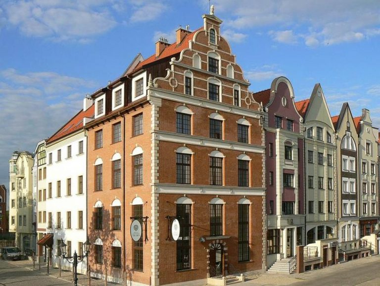M-Hotel-pod-Lwem-1